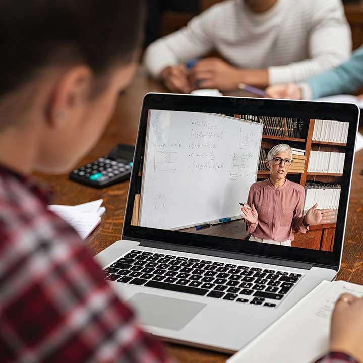 plataformas cursos en línea